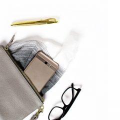دانلود تصاویر استوک کیف و گوشی لمسی سامسونگ