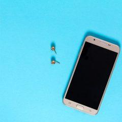 دانلود تصاویر استوک پونز فلزی و موبایل