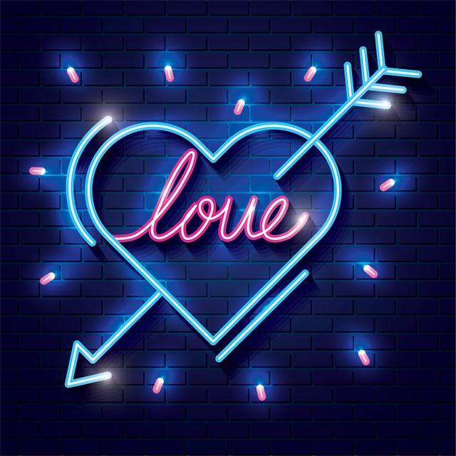 وکتور قلب تیر خورده عاشقانه